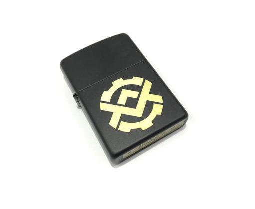 zippo-black-2-small